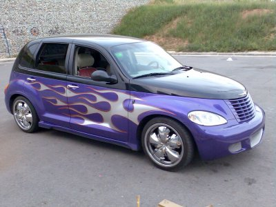 chrysler pt cruiser custom lowrider pictures. Black Bedroom Furniture Sets. Home Design Ideas