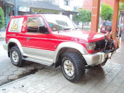 imperdible vendo elegante jeep mitsubishi pajero_Santa-Cruz-1